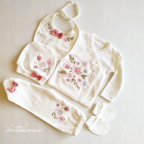 Çiçek Nakışlı Kız Bebek 5li Hastane Çıkışı 0 3 Ay 01 600x600 - Kız Bebek Çiçek Nakışlı 5'li Hastane Çıkışı 0-3 Ay